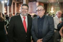 Colombo Cialdini e Tim Gomes