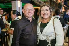 Sérgio e Mônica Aguiar