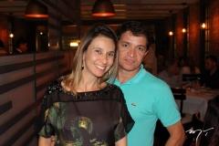 Taís Angeloni e Joseneudo Maia