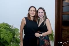 Manoela Barcelar e Adriana Queiroz