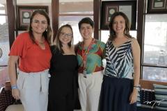 Adriana Oliveira, Raissa Bisol, Larissa Mesquita E Suellen Galvão