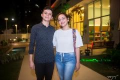 Lucas Felício e Crisna Mendes