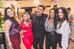 Andressa Ley, Naitla Silva, Júnior Catunda, Juliana Alves e Camila Farias
