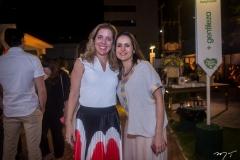 Ticiana Rolim Queiroz E Manoela Queiroz Bacelar