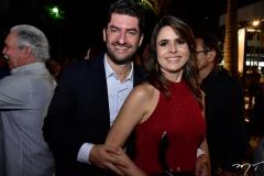 Paulo José e Camila Benevides