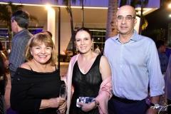 Heliane Carvalho, Emanoela e Francisco Brandão