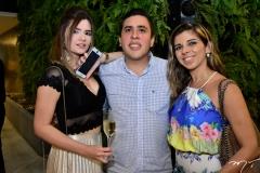 Priscila Teixeira, Leonardo Cadore e Cecília Castelo Branco
