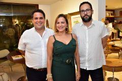 Tulio Paracampos, Patricia Teofilo e Marco Ribeiro