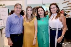 Haim, Victoria e Sophia Erel, Ivana Bezerra