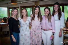 Katherine Brasil, Nathália Petrone, Giovanna Gripp Esteves, Luciana Rola e Natália Praça