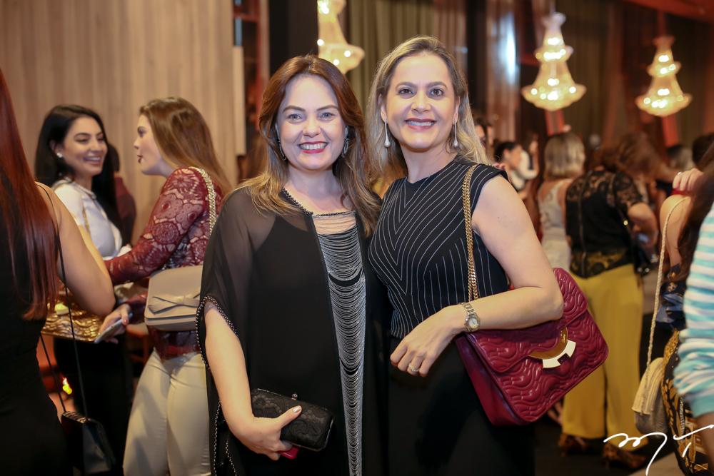 Erika Girão e Cristiana Ary