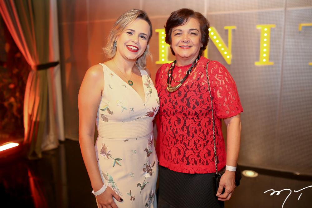 Juliana e Estela Correia