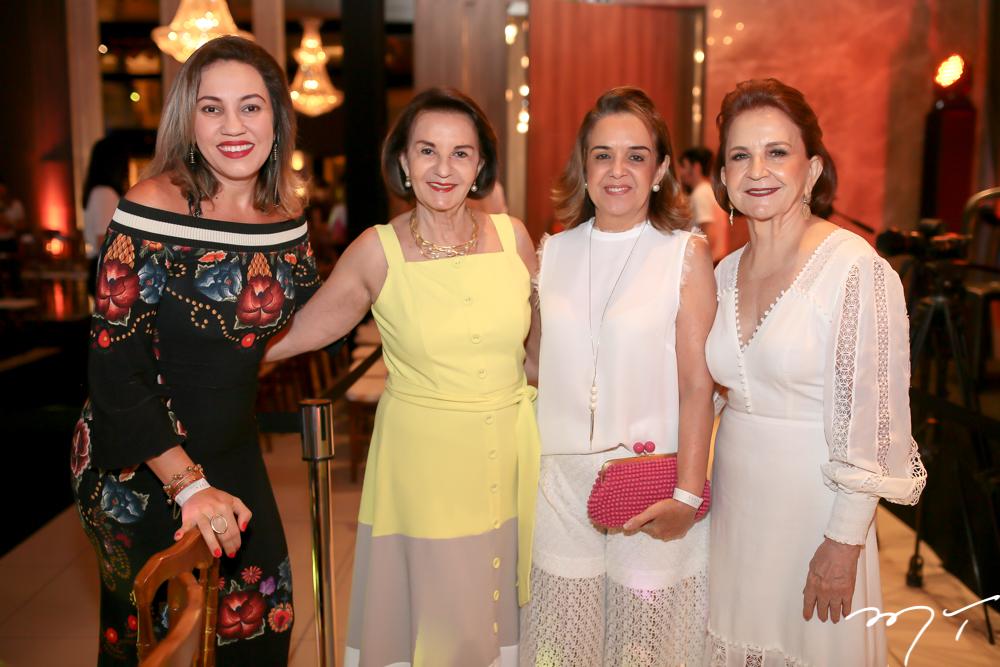 Karina Castro, Olga Holanda,Simone Rizzato e Lenita Negrão