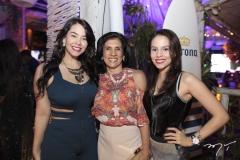 Helllen Lira, Neide Nunes e Bárbara Vieira