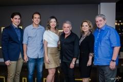 Jonathan Magalhães, Nilo Filho, Natália Magalhães, Léo Shehtman, Adélia e Paulo Magalhães