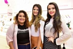 Vitoria Regia, Nicole Forte e Paola Ribeiro