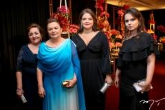Ivalda e Vaneide Martins, Manoela e Roberta Castro