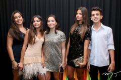 Júlia Costa, Letícia Câmara, Julia Fontenele, Natália Câmara e Vitor Coelho