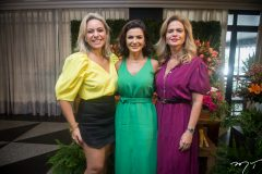 Erika Queiroz, Monaliza Cavalcante e Germana Vanderley