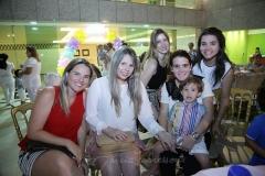 Camila Moura,Ingrid Magalhães, Lívia Pontes, Patricia e Lucas Araripe e Priscila Leal