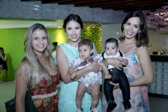 Priscila Vasconcelos Carol Philomeno , Amanda Vasconcelos e Gabrial e Maria Philomeno