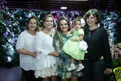 Tida Leal, Sarah Philomeno, Thascica , Maria Clara e Mônica Gentil