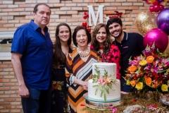 George, Paulinha Assunção, Zuleide Menezes, Martinha e Thiago Assunção