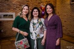 Suyane Dias Branco, Isabel Ciasca e Cláudia Gradvohl