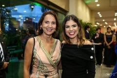 Izolda Cela e Carol Bezerra