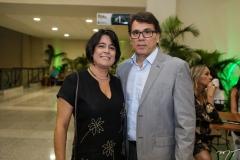 Juliana Lemos e Cláudio Manilha