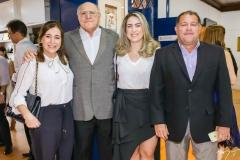 Adriana Teixeira, Luis e Ana Carolina Marques e Luis Marques Filho