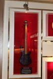 Baixo da banda Go-Go's - Memorabilia Hard Rock