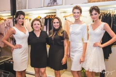 Mariana Vasconcelos, Silvana Cavalcante, Anna Oquendo, Marina Ramada e Vanessa de Oliveira