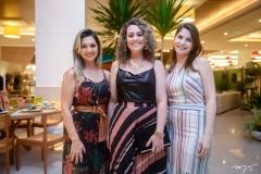 Thais Feitosa, Ana Catarina Jales e Rebeca Uchôa