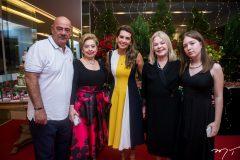Fernando Travessoni, Lúcia Pierre, Márcia Travessoni, Mônica e Emanuele Arruda