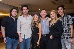 Luciano, Ivens Neto, Lissa, Ivens Junior, Morgana e Luca Dias Branco