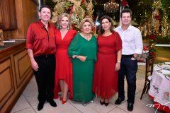 Ivens Dias Branco Jr., Graça da Escóssia, Consuelo, Regina e Cláudio Dias Branco