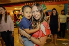 Lucas e Rafaela Ximenes