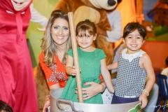 Rebeca e Athina Bastos e Sarah Leal