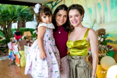 Luiza e Priscila Beco, Paulinha Sampaio