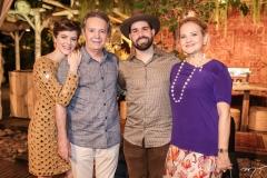Paulinha, Cláudio, Felipe e Lenise Rocha