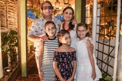 Ricardo, Manoela, Maria, e Sara Bacelar e Beatriz Queiroz