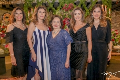 Silvana, Karla, Marly, Patricia e Rosely Nogueira