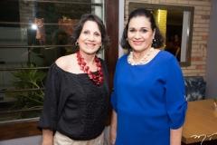 Cláudia Campos e Miriam Holanda