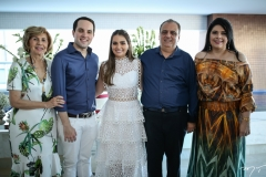 Zelma Câmara, Tomás Morais, Manuela, Max e Sellene Câmara