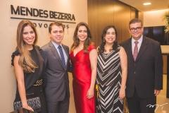 Flávia Morais, Matheus Morais, Aline Borges, Paula Bezerra e Ademar Mendes Bezerra Jr.
