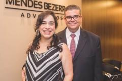 Paula Bezerra e Ademar Mendes Bezerra Jr.
