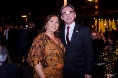 Marcelo e Giselia Queiroz
