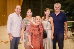 Aurélio Leitão,  Nadja Leitão, Socorro Oliveira, Gislaine e Fernando Diógenes