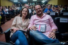 Lara Vieira e Roberto Freire